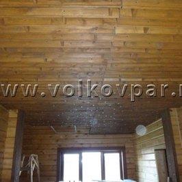 Смонтирован декоративный реечный потолок в зоне ресепшен