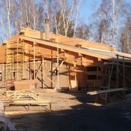 Крыша первого уровня закрыта наплавляемой гидроизоляцией
