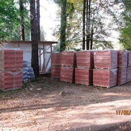 Завозим материалы для стен