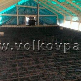 Выполнена гидроизоляция и армирование фундаментной плиты