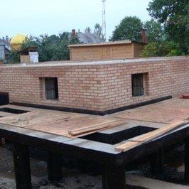 Выполнены работы по устройству дренажной системы вокруг фундаментной плиты