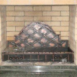 Кузнецы выполнили металлическую часть мангала