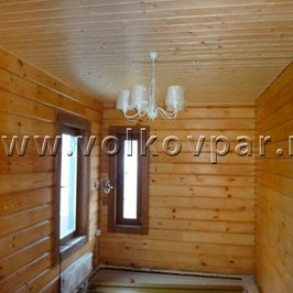 Смонтированы люстра и бра в комнате отдыха