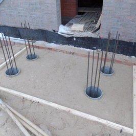 Изготавливаем фундамент под три крыльца
