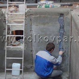 Завершаем все бетонные и штукатурные работы в чаше бассейна