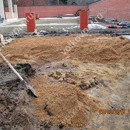 Производство земляных работ и подготовка песчаной подушки
