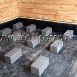 Расставлены блоки для устройства полов