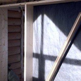 Смонтированы дверные проемы