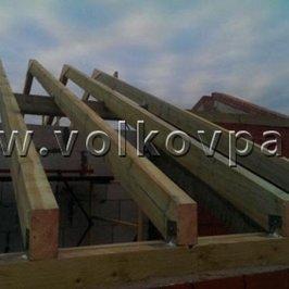 Ведутся работы по устройству крыши