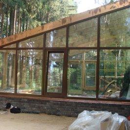 Работы по монтажу конструкции зимнего сада завершены