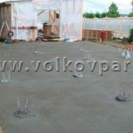 Завершено устройство буронабивных свай и стяжки из тощего бетона